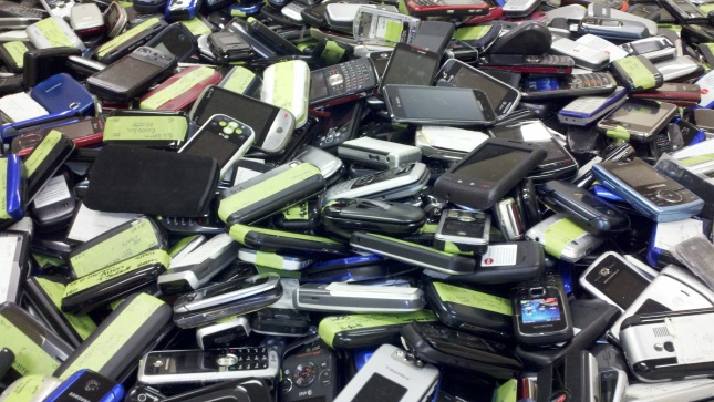 Cell-phones-4-jpg